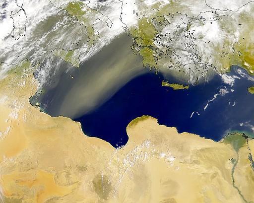 Sirocco blåser från Libyen till Grekland.